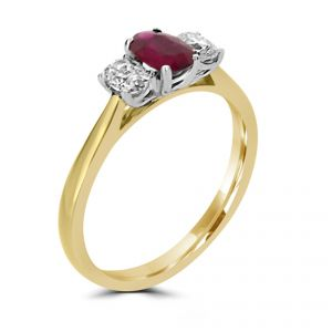18ct Yellow gold oval Ruby with 2 oval diamonds ring