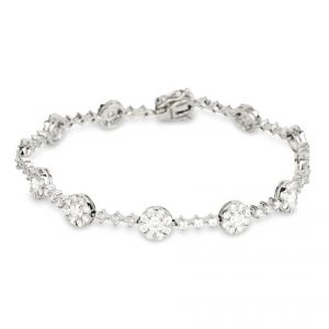 Bracelet - 18ct White gold 12 cluster section diamond set